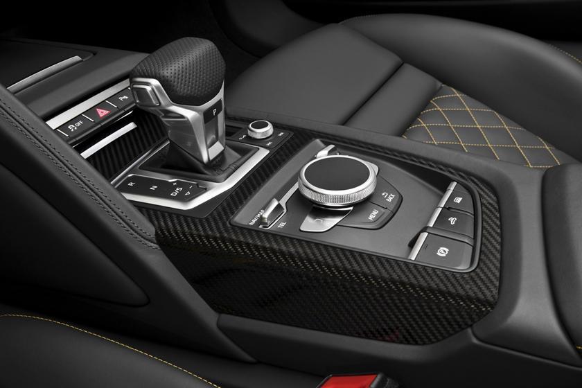2017 Audi R8 V10 quattro Spyder Convertible Shifter