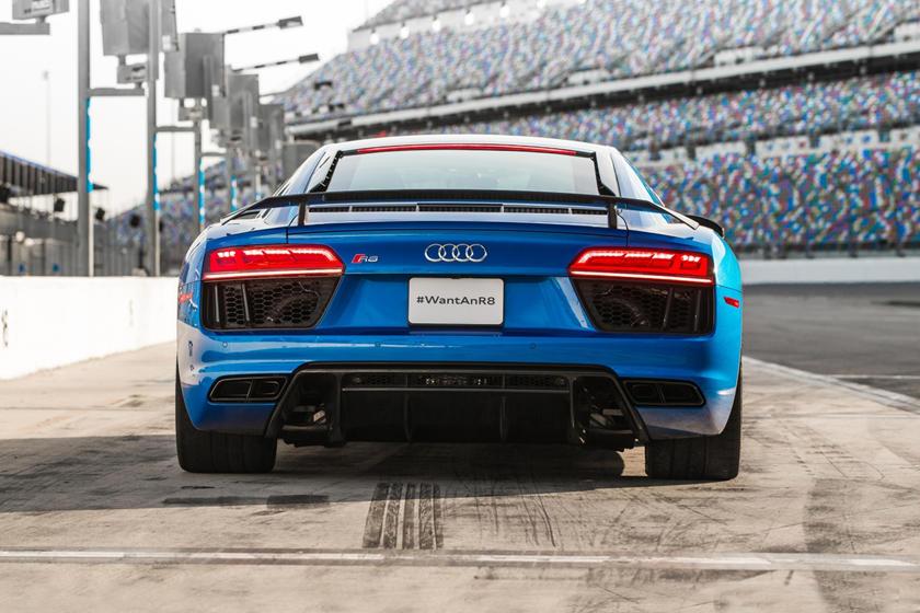 Audi R Coupe Review Trims Specs And Price CarBuzz - Audi r8 specs