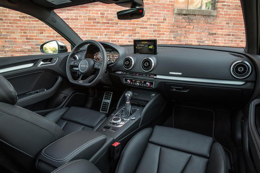 2017 Audi S3 2.0 TFSI Prestige quattro Sedan Dashboard