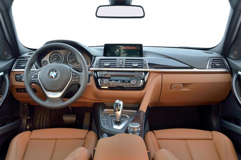 2017 BMW 3 Series 328d xDrive Wagon Dashboard. European Model Shown.