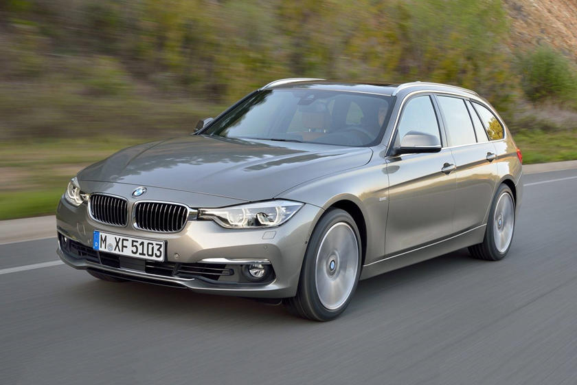 2015-2018 BMW 3 Series Wagon In Motion