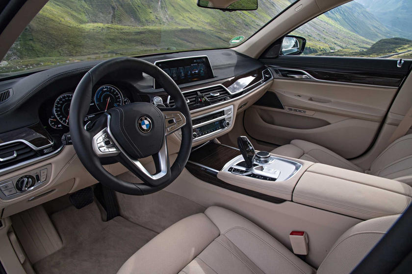 2017 BMW 7 Series 740e xDrive iPerformance Sedan Interior