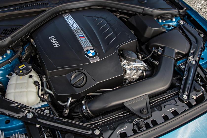 2017 BMW M2 Coupe3.0L V6 Turbo Engine