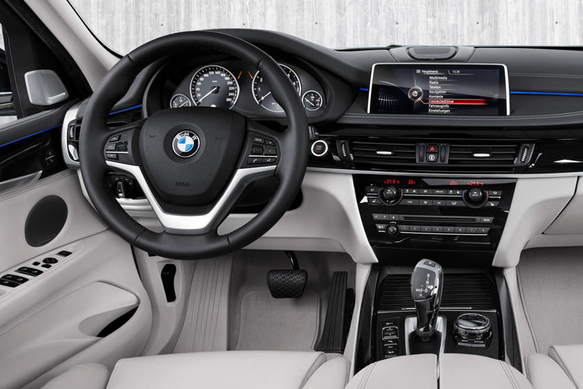 2017 BMW X5 xDrive40e iPerformance 4dr SUV Interior