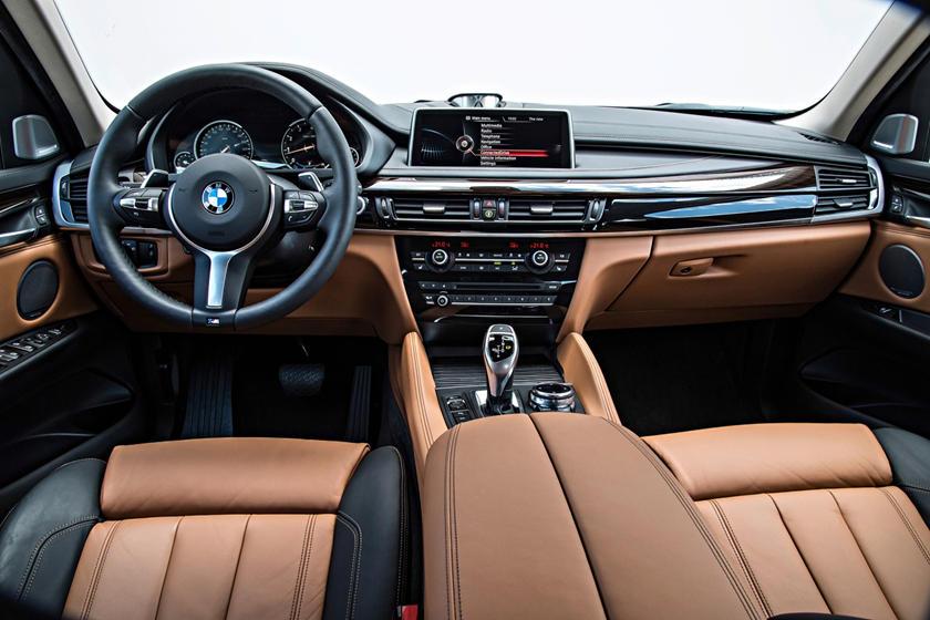 2017 BMW X6 xDrive50i 4dr SUV Dashboard