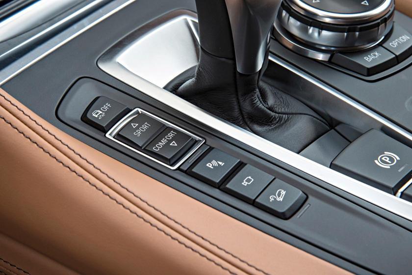 2017 BMW X6 xDrive50i 4dr SUV Interior Detail