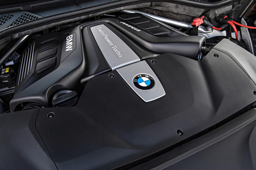 2017 BMW X6 xDrive50i 4dr SUV 4.4L V8 Turbo Engine