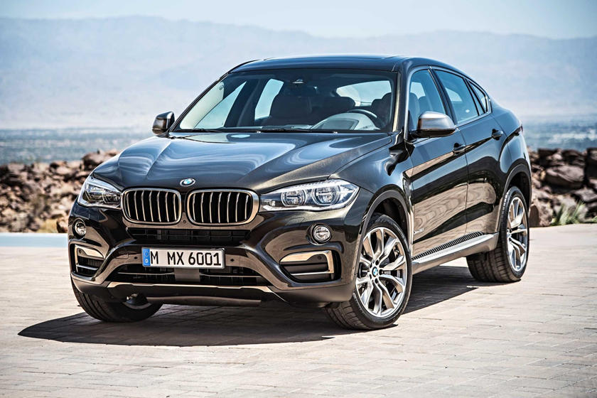 2015-2018 BMW  X6 Front Three-Quarter Left Side View