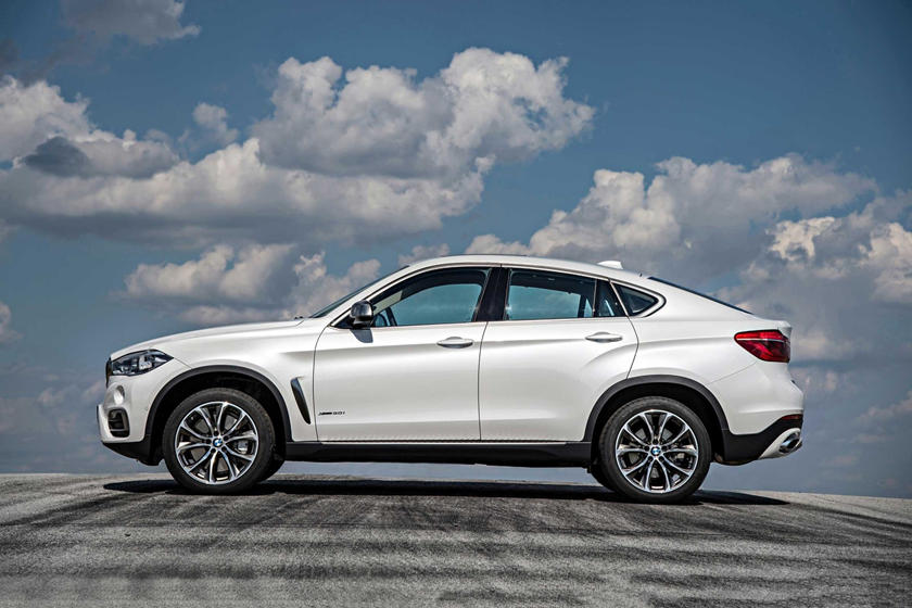 2015-2018 BMW  X6 Left Side View
