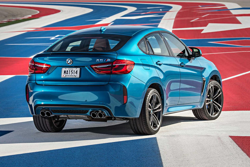 2015-2018 BMW  X6 M Rear Three-Quarter Right Side View