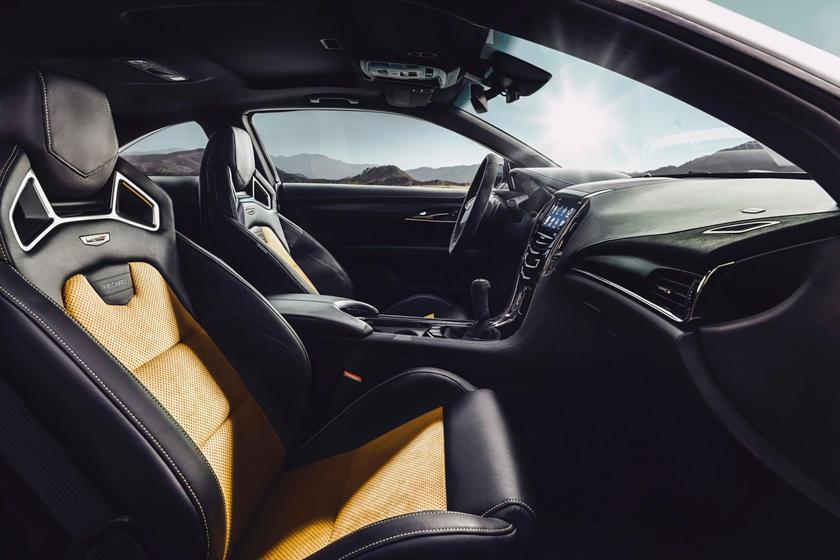 2017 Cadillac ATS-V Coupe Interior