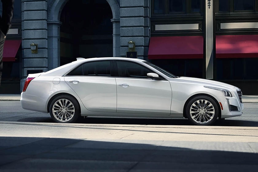 2015-2018 Cadillac CTS Sedan Right Side in Motion