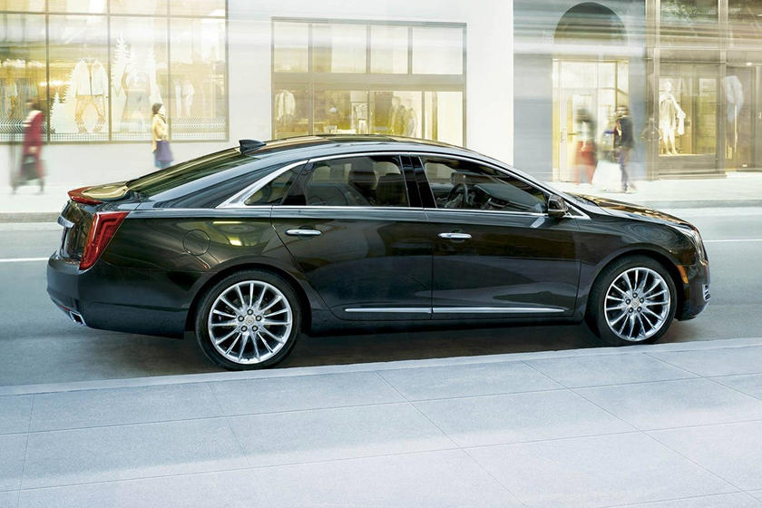 2017 Cadillac XTS Platinum Sedan Exterior