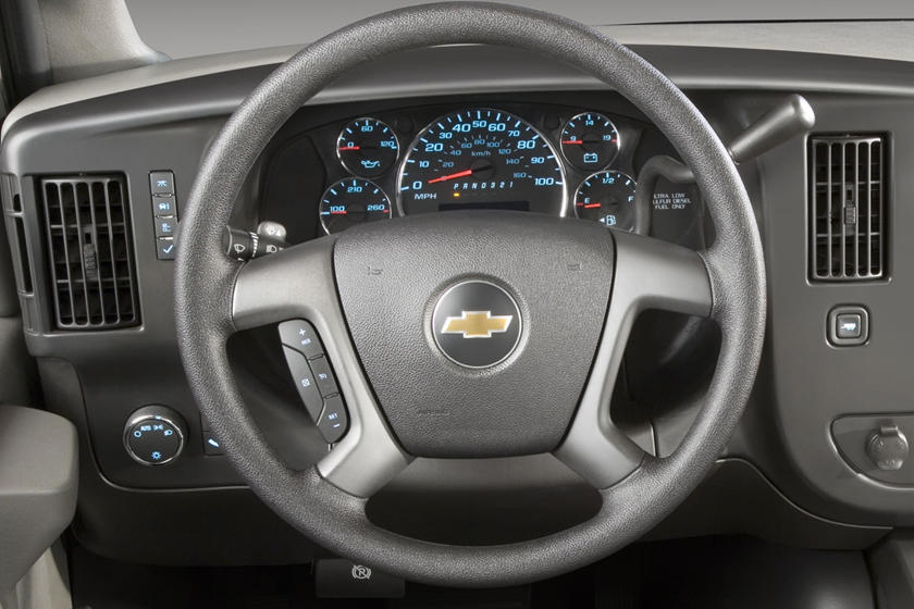 2017 Chevrolet Express LT 3500 Passenger Van Steering Wheel Detail