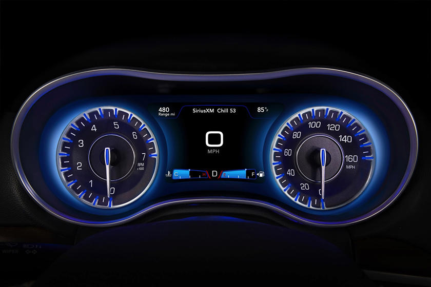 2017 Chrysler 300 C Platinum Sedan Gauge Cluster