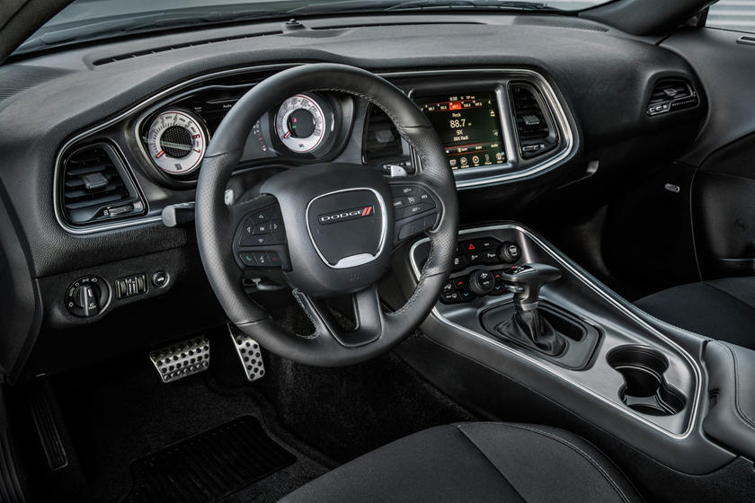 2017-2018 Dodge Challenger T/A Dashboard Layout