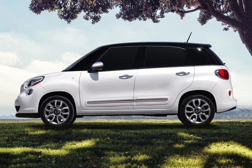 2017 FIAT 500L Lounge Wagon Exterior Shown