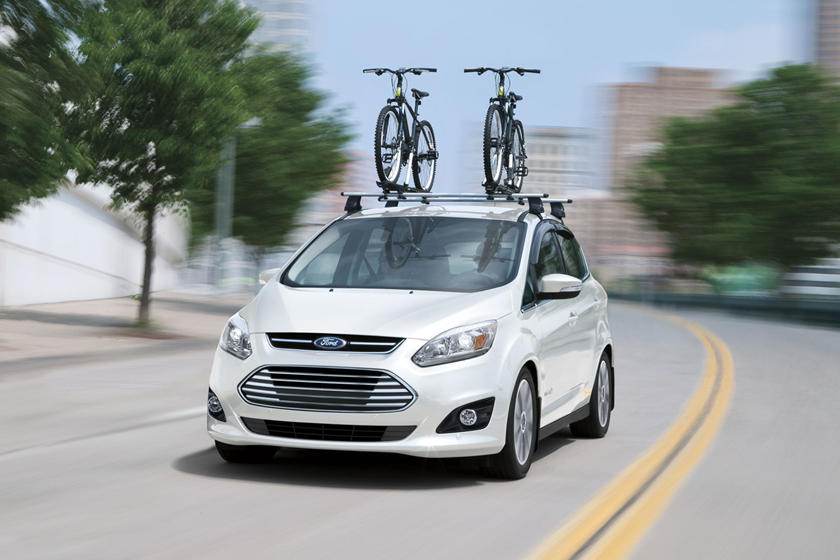 2013-2018 Ford  C-Max Hybrid Front Side in Motion