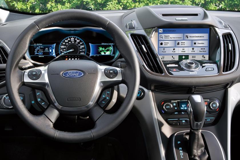 2017 Ford C-Max Hybrid Titanium Wagon Steering Wheel Detail
