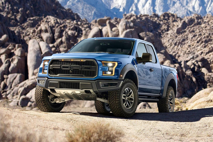 2017-2018 Ford F-150 Raptor Front Three-Quarter Left Side View