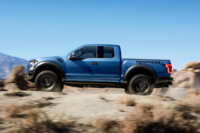2017-2018 Ford F-150 Raptor In Motion