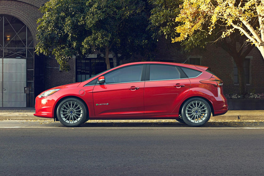 Ford Focus Electric 4dr Hatchback Profile