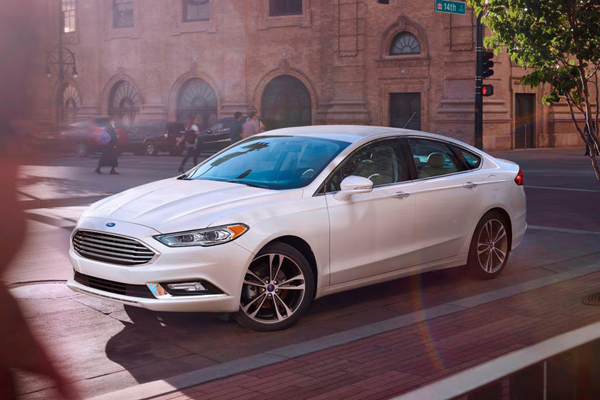 2017 Ford Fusion Platinum w/EcoBoost Sedan Exterior Shown