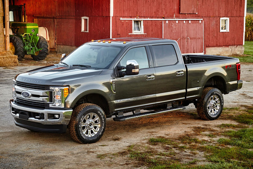 2017 Ford F-250 Super Duty XLT Crew Cab Pickup Exterior. Options Shown.
