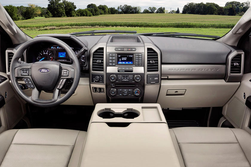 2017 Ford F-250 Super Duty XL Extended Cab Pickup Dashboard Shown