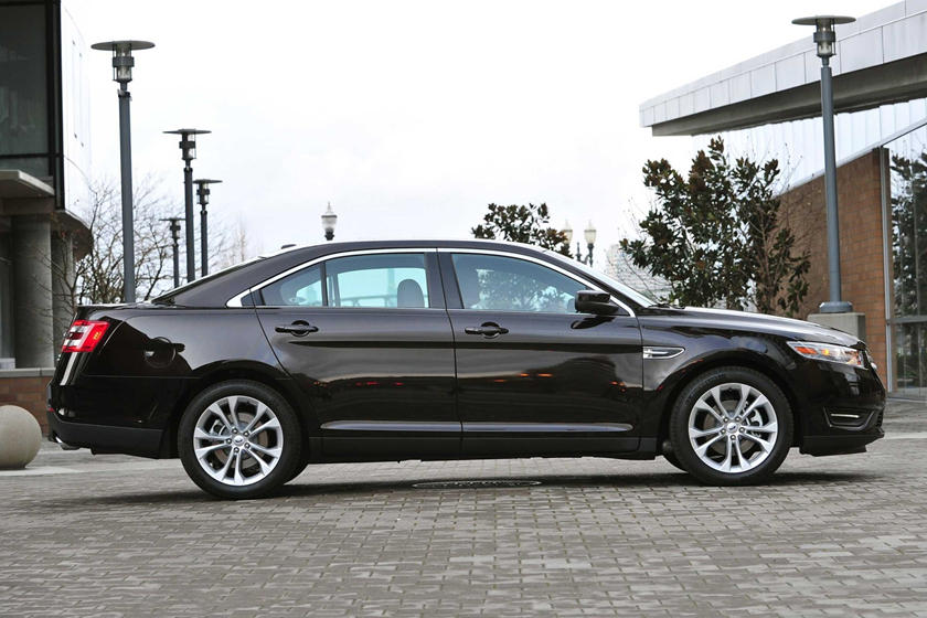 2017 Ford Taurus SEL Sedan Exterior Shown
