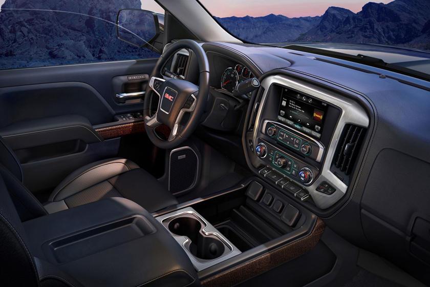 2017 GMC Sierra 1500 SLT Crew Cab Pickup Interior