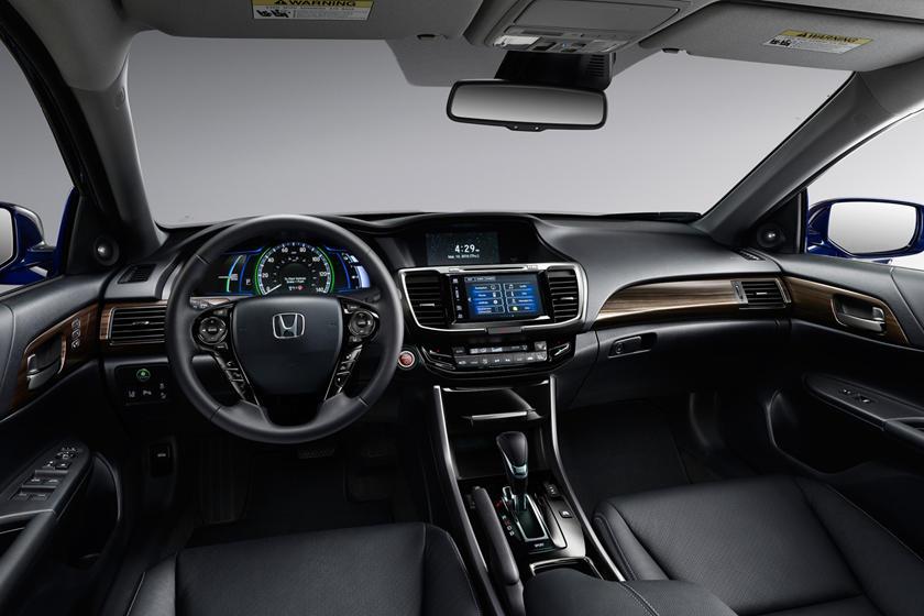 2017 Honda Accord Hybrid Touring Touring SedanDashboard