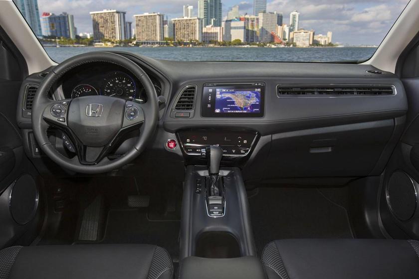 2018 Honda HR-V EX-L w/Navigation 4dr SUV Dashboard