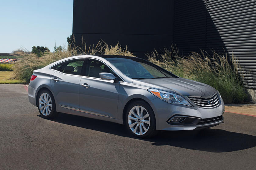 2017 Hyundai Azera Limited Sedan Exterior Shown