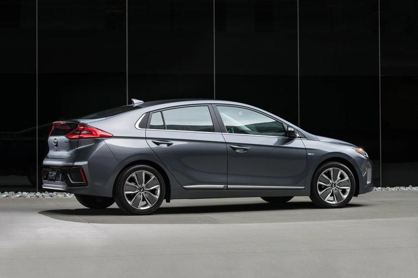 2017 Hyundai Ioniq Hybrid Limited 4dr Hatchback Exterior