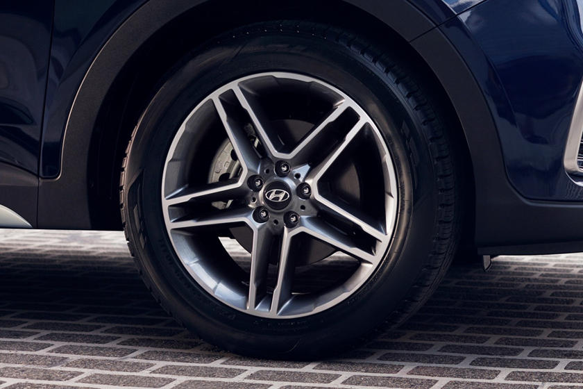 2018 Hyundai Santa Fe Limited Ultimate 4dr SUV Wheel