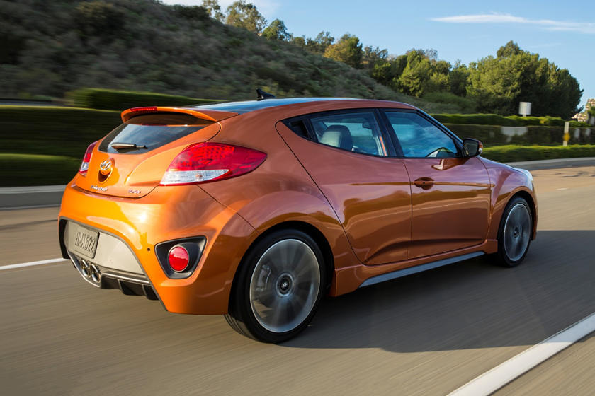 2018 Hyundai Veloster Spec >> 2018 Hyundai Veloster Review Trims Specs And Price Carbuzz