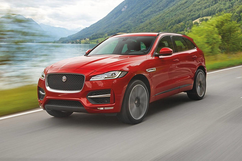 2018 Jaguar F-PACE 35t R-Sport 4dr SUV Exterior. Options Shown.