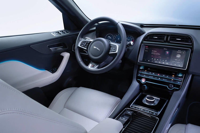 2018 Jaguar F-PACE S 4dr SUV Interior