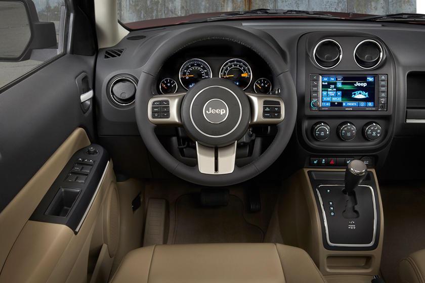 2017 Jeep Patriot High Altitude Edition 4dr SUV Interior