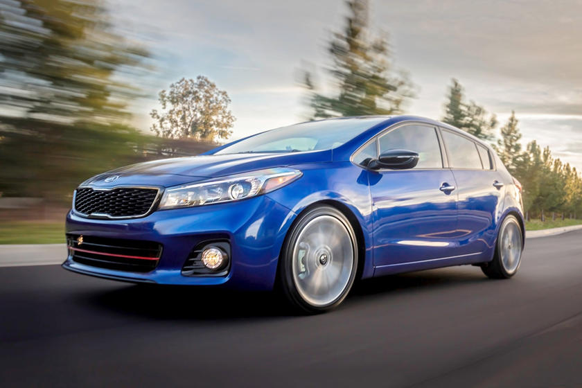 2017 Kia Forte SX 4dr Hatchback Exterior Shown