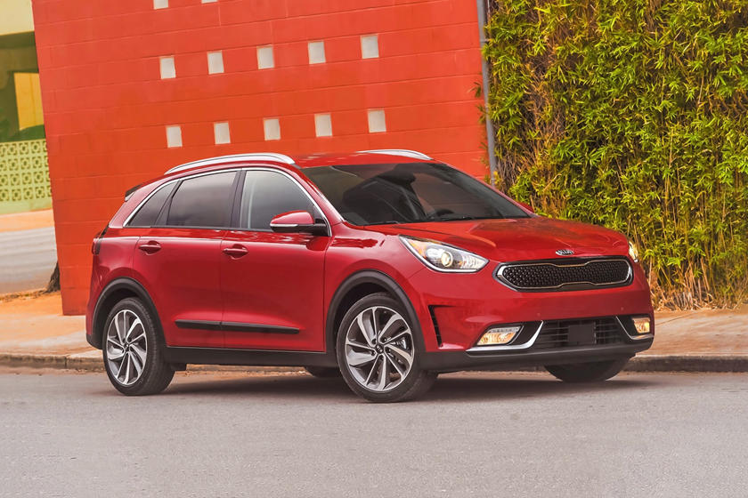 2017 Kia Niro Touring 4dr SUV Exterior Shown