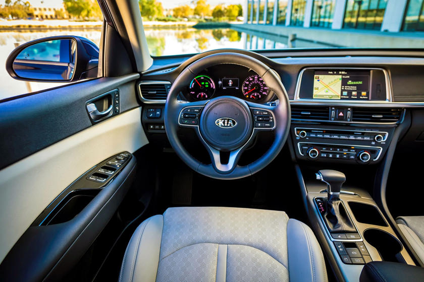 2017 Kia Optima Hybrid EX Sedan Dashboard Shown