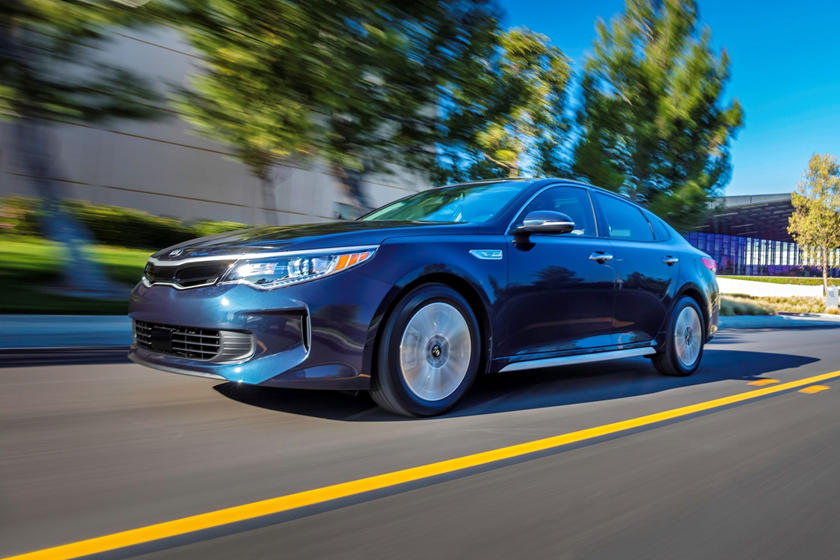 2017 Kia Optima Hybrid EX Sedan Exterior Shown