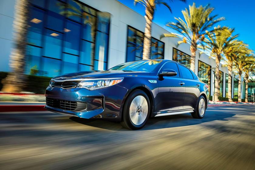 2017 Kia Optima Hybrid EX Sedan Exterior Shown