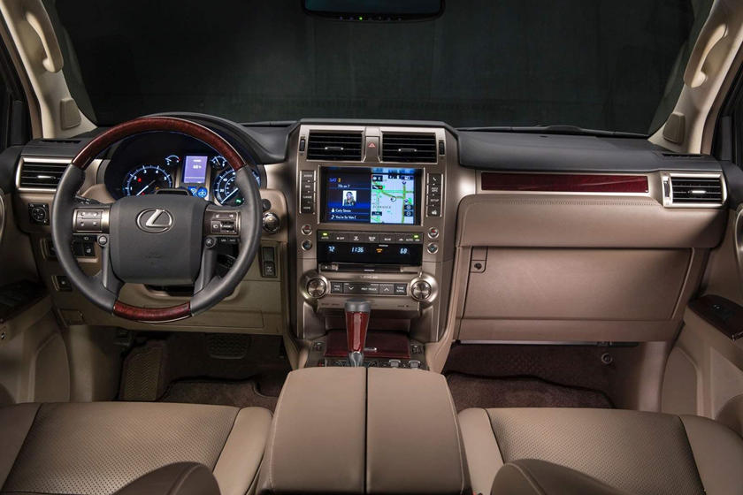 Lexus GX 460 Luxury 4dr SUV Dashboard