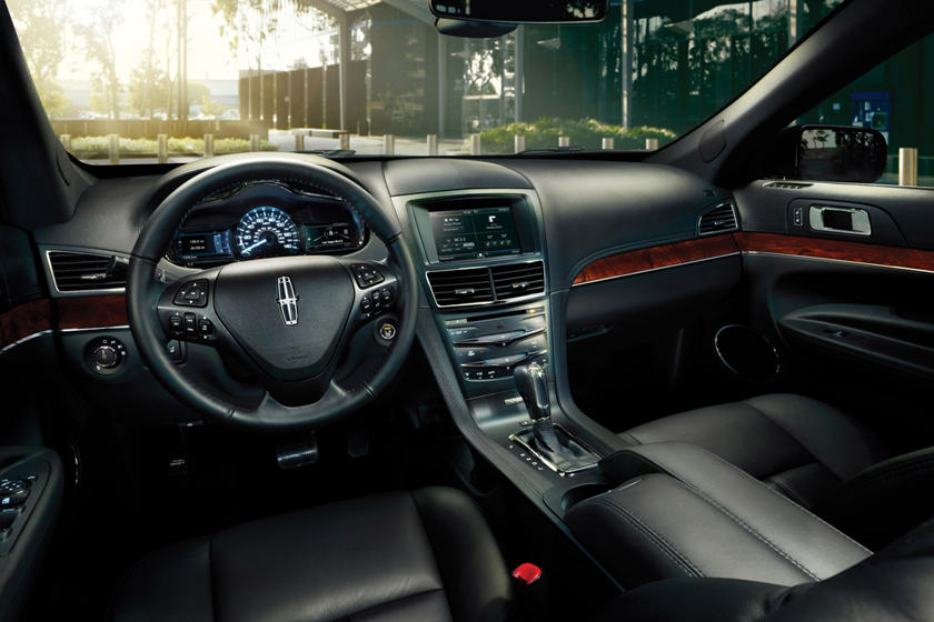2018 Lincoln MKT Reserve Wagon Dashboard