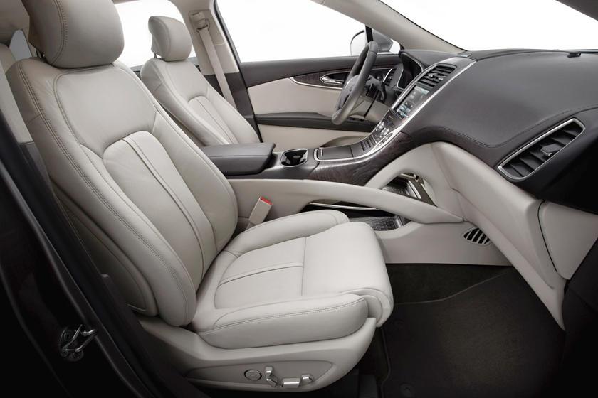 2017 Lincoln MKX Reserve 4dr SUV Interior Shown