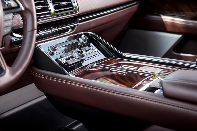 2018 Lincoln Navigator L Black Label 4dr SUV Interior Detail