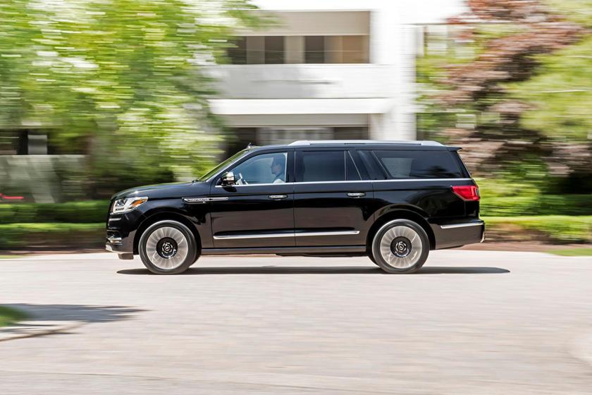 2018 Lincoln Navigator L Black Label 4dr SUV Profile Shown